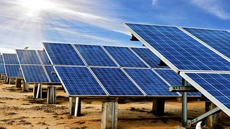 Salt Refinery in India goes Solar